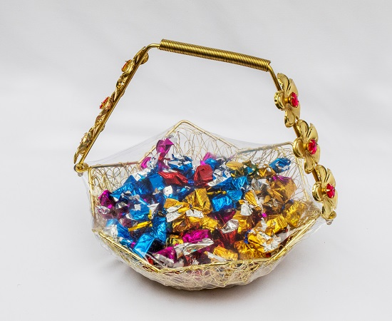 Golden metal star basket